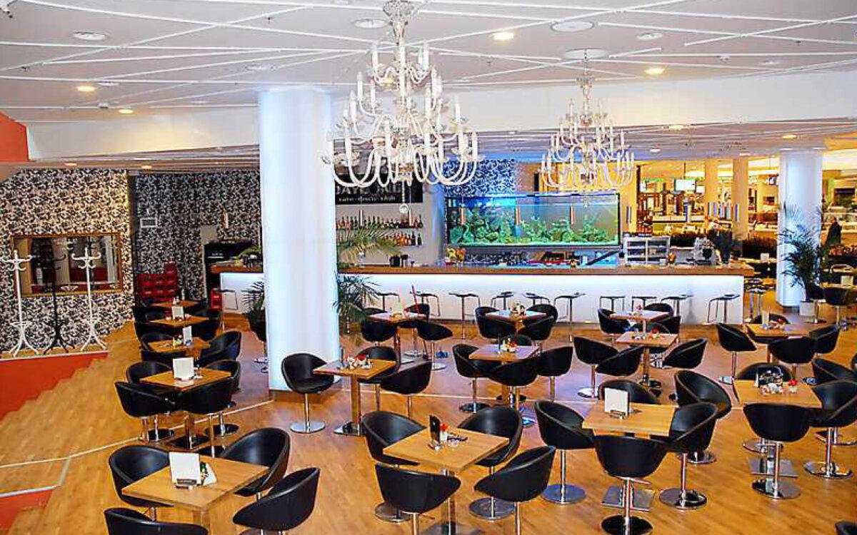 "Původní bar v Paladiu v Praze""/></a></div><div class="